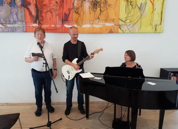 Mød musik gruppen til gudstjenesterne