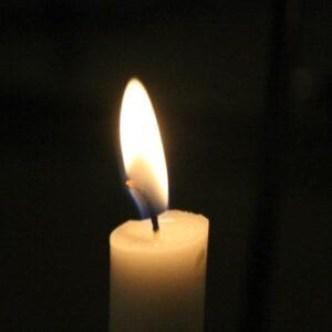 Tænd et lys i mørket